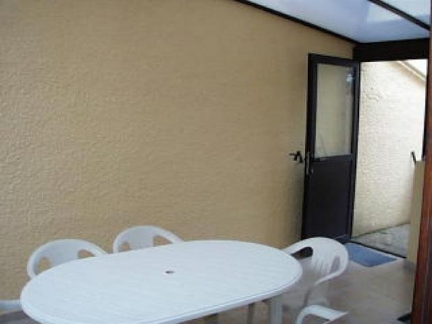 location maisons de la mediterranee location vacances le barcar s. Black Bedroom Furniture Sets. Home Design Ideas