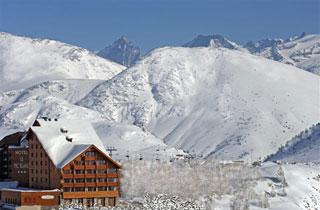 Hotel - Hôtel Le Pic Blanc****