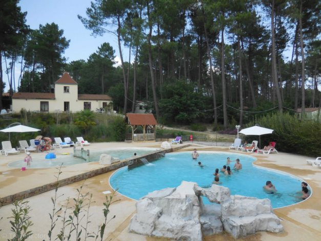 Camping Domaine des Grands Pins