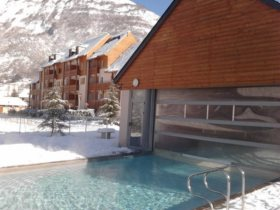 Résidence de Tourisme - Résidence Domaine du Val de Roland 3*