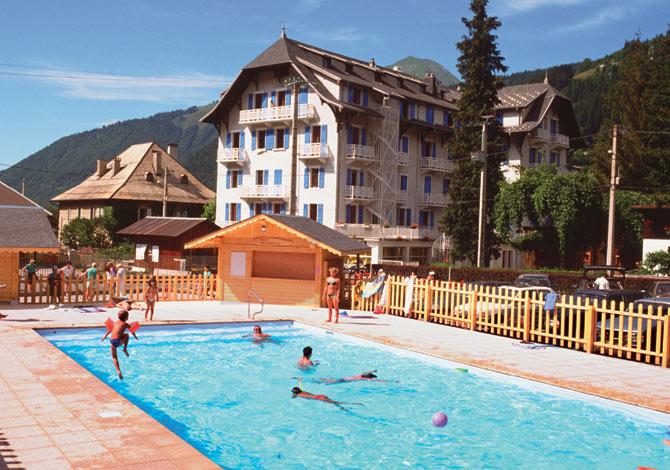 Location village de vacances le chablais location for Piscine morzine