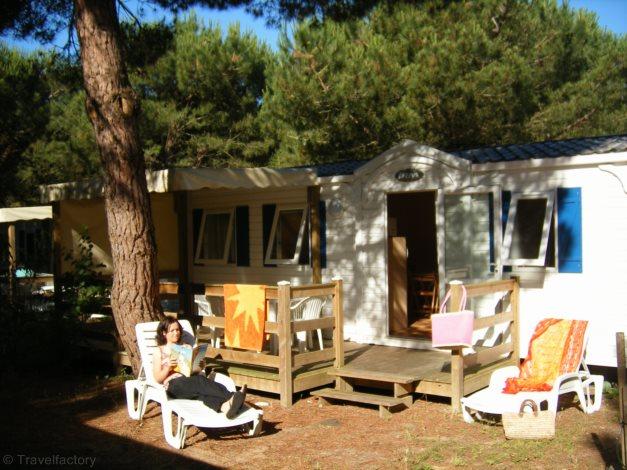Camping Le Village du Suroit 3* @Locatour