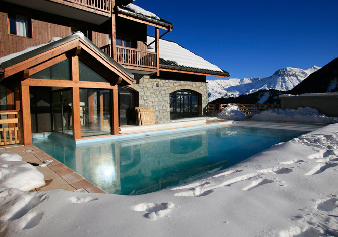 location chalet ski piscine