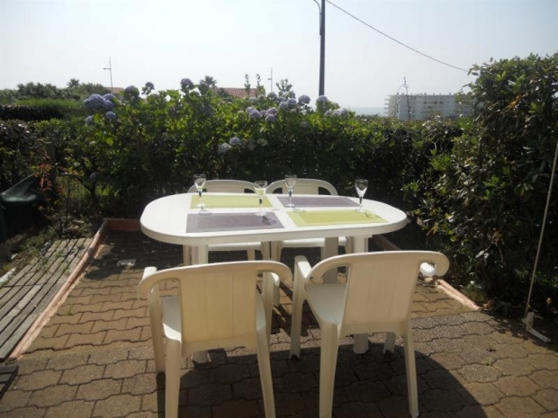Location r sidence milady village 2 des vacances en bord for Camping biarritz bord de mer avec piscine