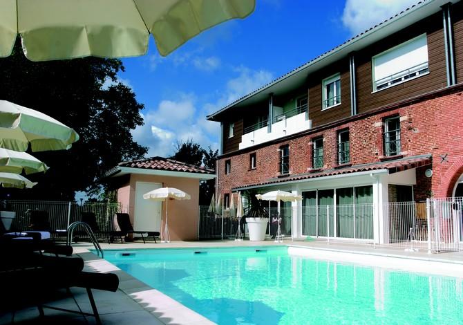 Location r sidence park suites village colomiers for Piscine colomiers toulouse