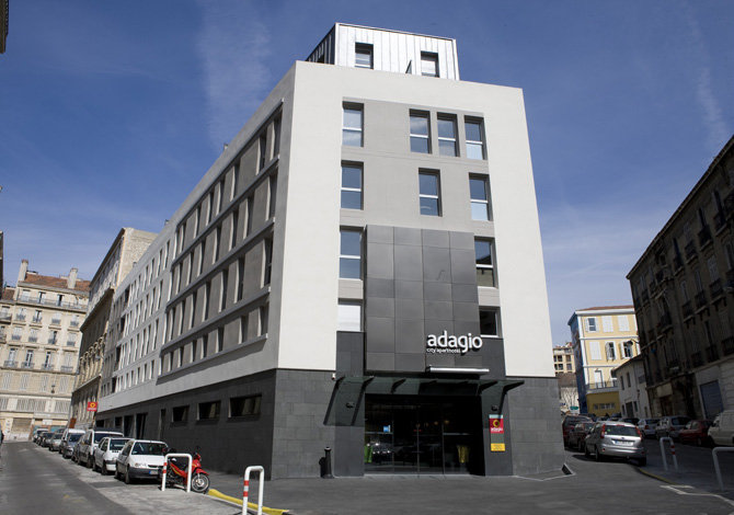 Location appart 39 h tel adagio marseille r publique annule for Adagio appart