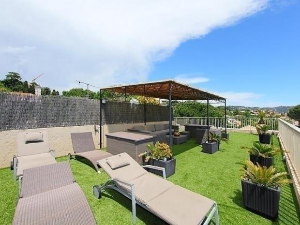 location les jardins de babylone location vacances cannes. Black Bedroom Furniture Sets. Home Design Ideas