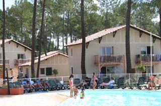 Camping casteljaloux location mobil home casteljaloux for Casteljaloux piscine