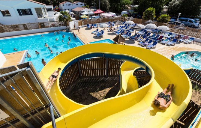 Camping les Dunes 4*
