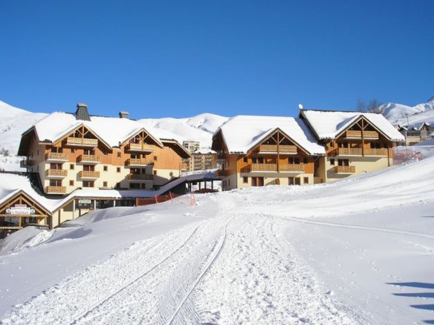 Location r sidence le rond point des pistes 3 location - Office du tourisme st francois longchamp ...