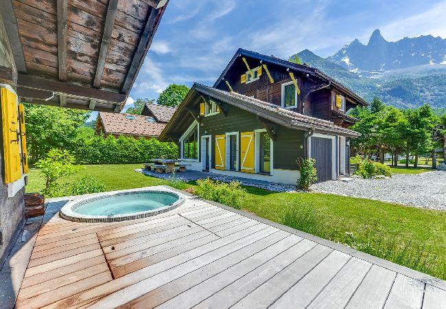 Chalet luxueusement renove a Chamonix