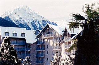 Résidence de Tourisme - Résidence Pierre & Vacances les Rives de l'Aure 3*