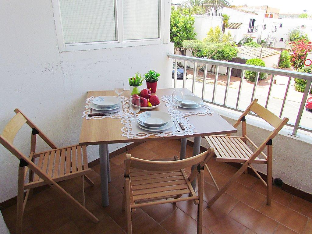 Appartement empuriabrava 109 locations appartements particuliers en espagne - Appartement de vacances pattaya major ...