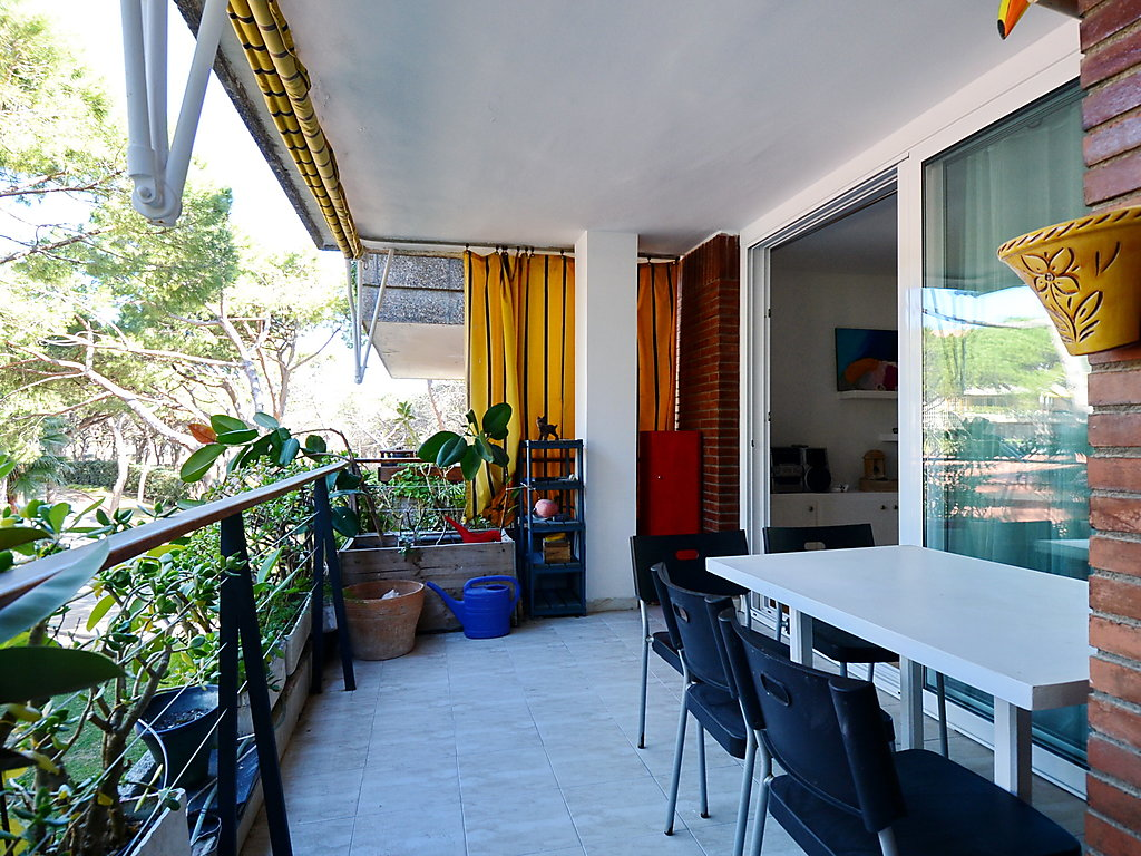 appartement gava 1 locations appartements particuliers en espagne. Black Bedroom Furniture Sets. Home Design Ideas
