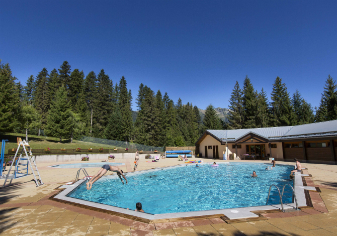 Location r sidence sappey 2 sapins location vacances for Piscine valmorel