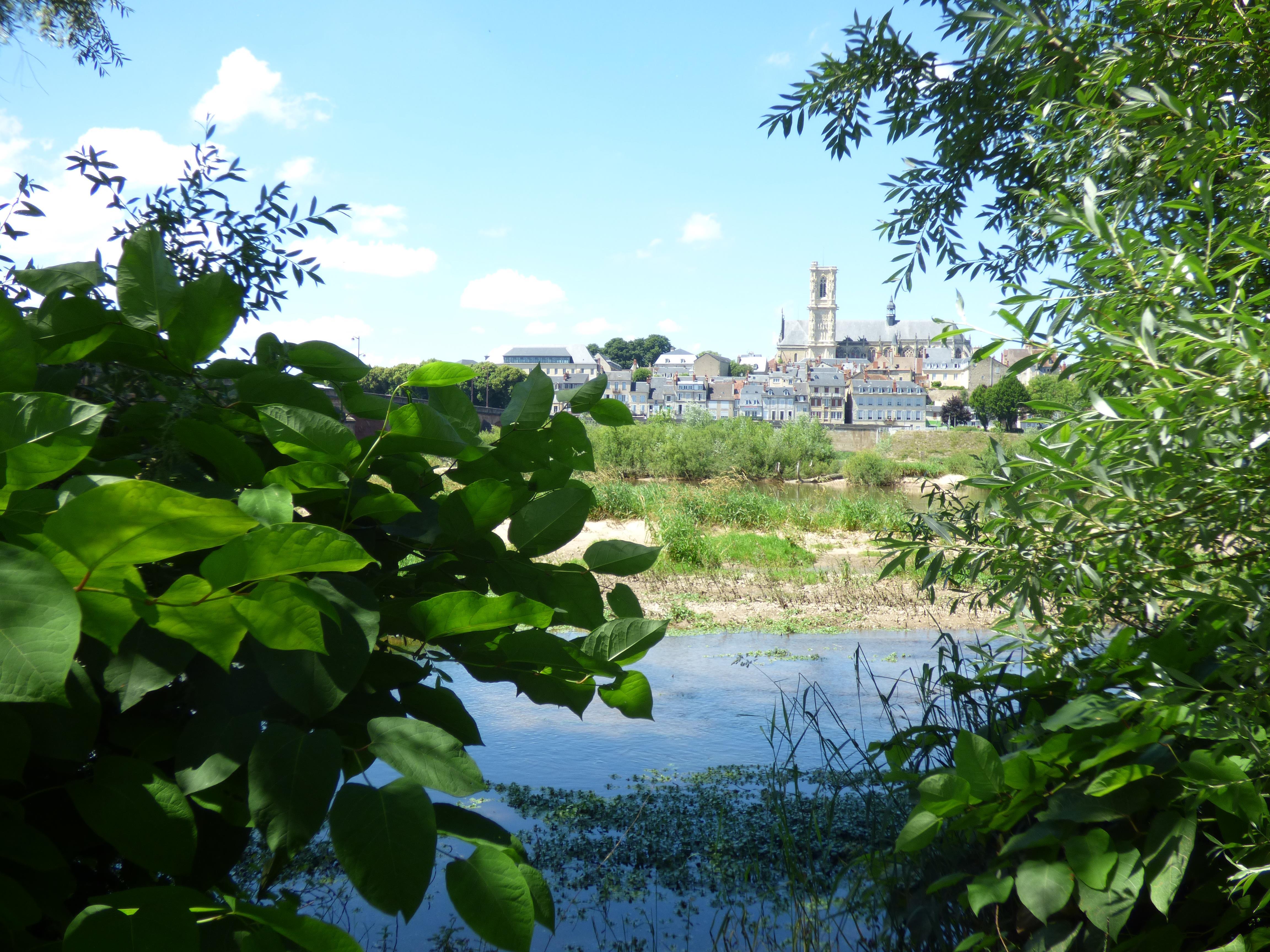Location vacances Bourgogne réservez votre location Bourgogne  105€