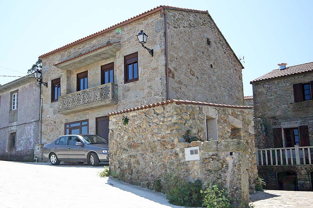 house in fisterra