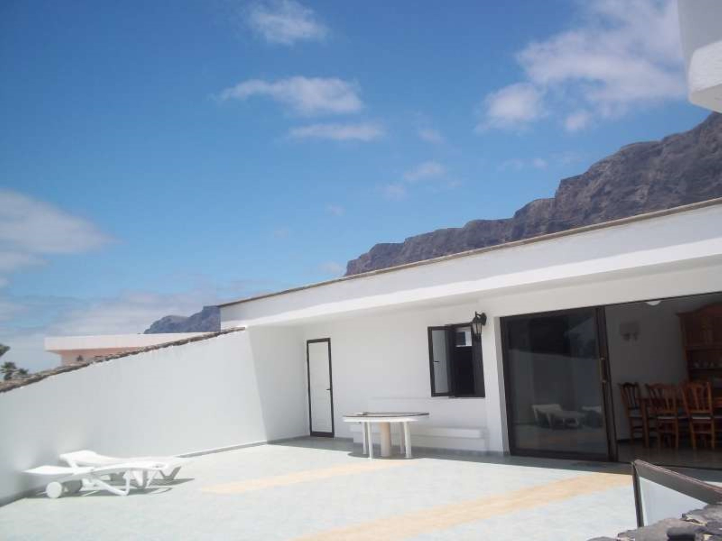 bungalow in famara