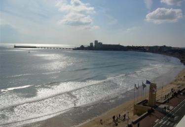 Vacances : Face plage et à 2 pas de tous commerces