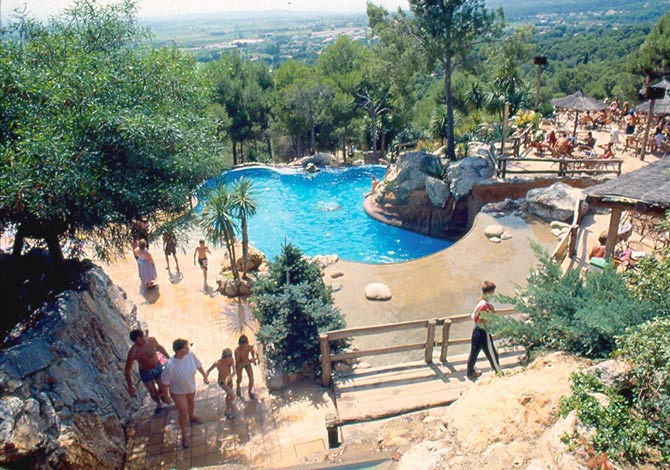 Camping Castell Montgri ~ VC Annulé