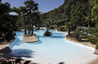Appartement altea 26 locations appartements particuliers for Aquarelle piscine hotel seneffe