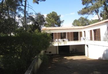 Vacances : QUARTIER RESIDENTIEL DE SUZAC