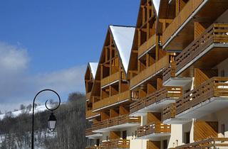 Résidence de Tourisme - Résidence Pierre & Vacances Les Chalets Valoria ***