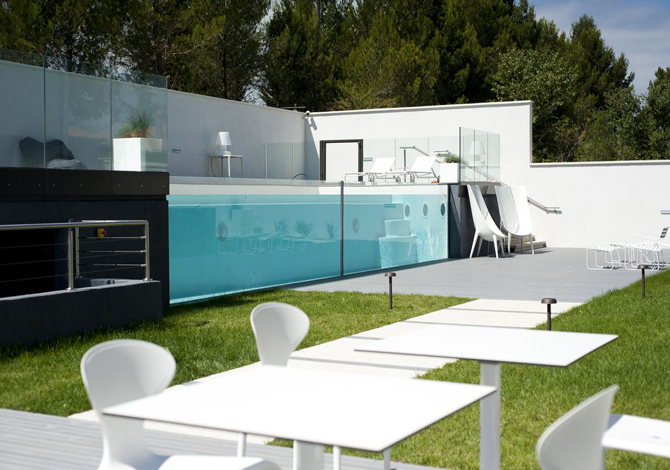 location h tel de luxe 111 location vacances carcassonne. Black Bedroom Furniture Sets. Home Design Ideas