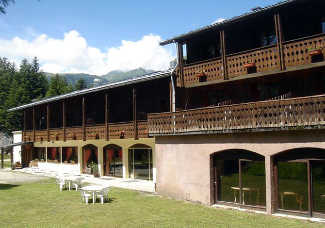 Location h tel le cretet location vacances valmorel doucy for Piscine valmorel