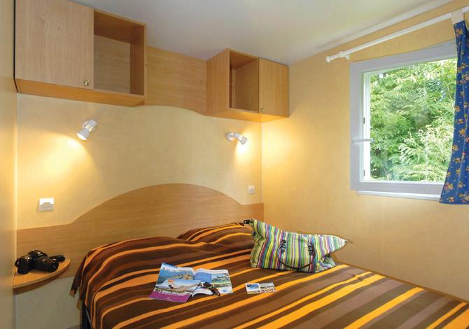 Met Parking Services >> Camping Le Bois Pleuven **** à Saint Yvi