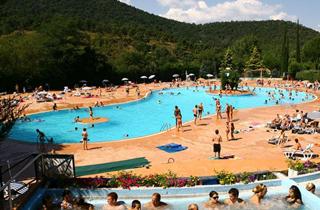 Location de vacances camping pachacaid la mole var - Camping lavandou piscine ...
