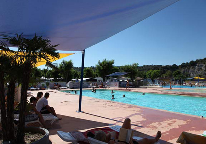 Location camping la plage fleurie location vacances - Camping vallon pont d arc piscine ...