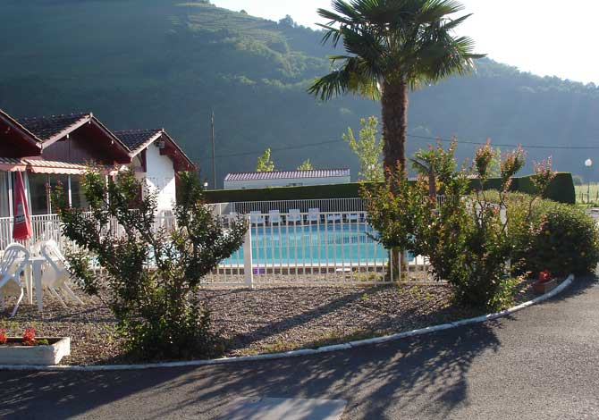Location camping europ camping 4 location vacances ascarat - Europ camping st jean pied de port ...