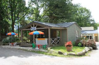location camping le domaine de brehadour 4 location With camping guerande avec piscine couverte 17 camping pornic avec les animaux de la mini ferme camping