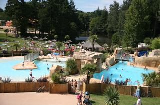 Residence vacances dol de bretagne r sidence de tourisme for Piscine combourg