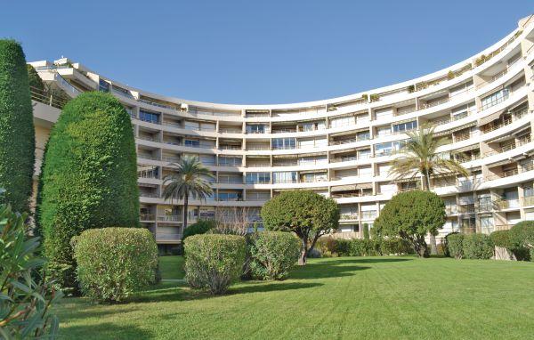 Vacances : Cannes la Bocca FCA438