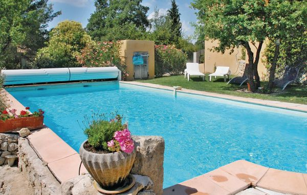Location le puy sainte r parade fpb150 location vacances for Piscine puy sainte reparade