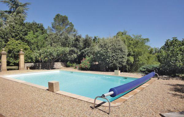 Location fuveau fpb204 location vacances aix en provence for Piscine fuveau