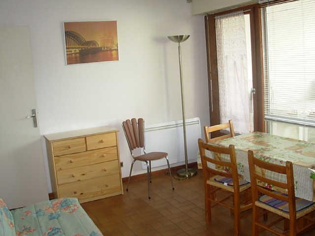 Appartement de particulier - Cyclamens 13302