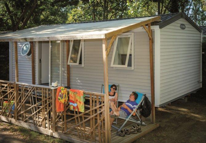 location camping la pergola 4 location vacances sainte marie la mer. Black Bedroom Furniture Sets. Home Design Ideas