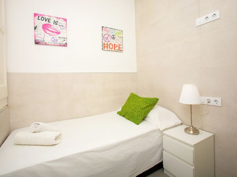 Appartement Eix. Esquerre Entenza-Av Roma 02