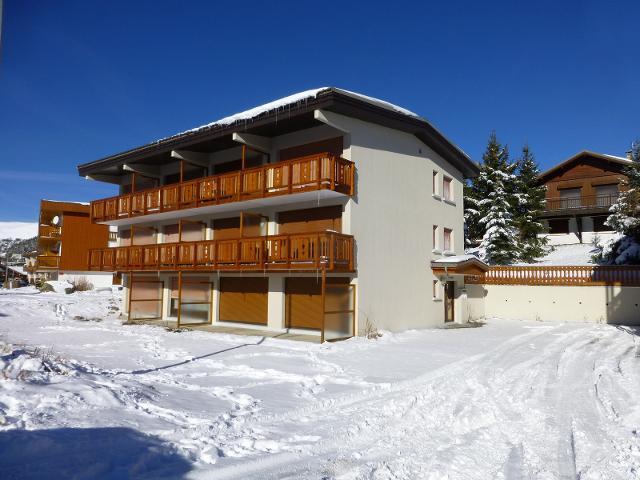 Apartments Winter