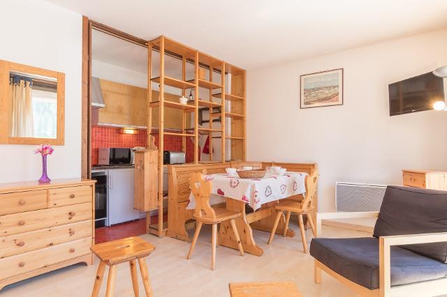 Appartement Bardeaux MTG203-210