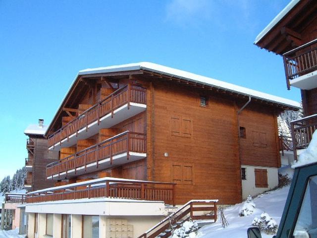 Apartments Genevrier