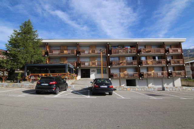 Apartments Sarenne