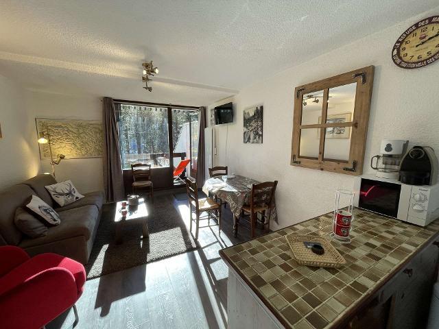 Appartement Bois Des Coqs CHA320-1011