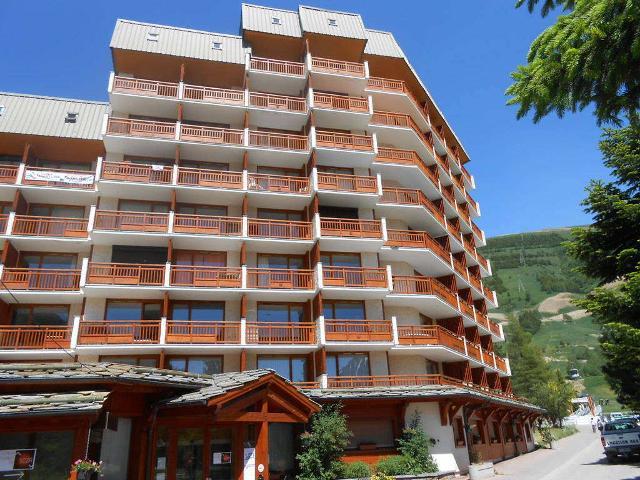 Apartments Meijotel B
