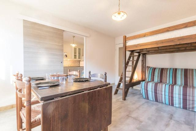 Appartement Mas De Blais B BRI530-B002