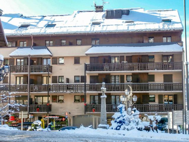 Apartment La Comtesse FR7450.410.7